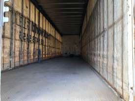 Maxitrans 45ft Curtainsider - full set of gates - picture2' - Click to enlarge