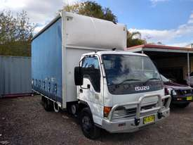 ISUZU 2005 NQR 450 MEDIUM RIGID TAUTLINER/CURTINSIDER 4.5 mt tray - picture0' - Click to enlarge
