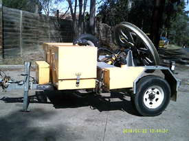 RG fibre winch , remote controls , diesel ,  - picture0' - Click to enlarge