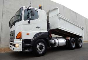 Hino FS -700 Series Cab chassis Truck