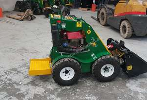 Kanga Kid Reconditioned Mini Loader
