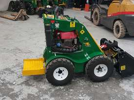Kanga Kid Reconditioned Mini Loader - picture0' - Click to enlarge