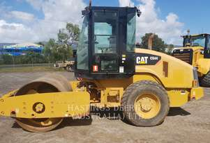 CATERPILLAR CS44 Vibratory Single Drum Smooth