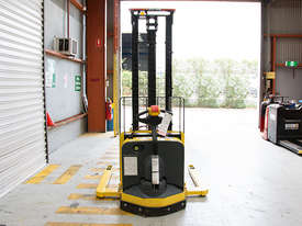 Battery Electric Walkie Stacker - picture4' - Click to enlarge