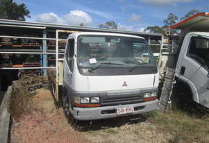 1995 Mitsubishi Canter FE6 - Wrecking - Stock ID 1610