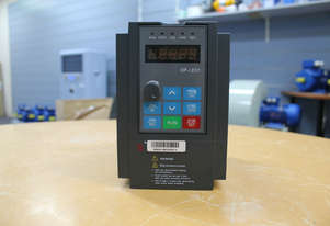 0.75kw/1HP 5A 240V AC  single phase variable frequency drive inverter VSD VFD