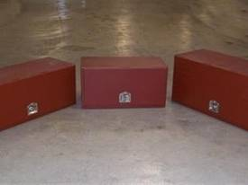 NEW LOCKABLE 3-4 FT TOOLBOXES  - picture1' - Click to enlarge