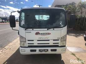 2011 Isuzu NQR450 LWB - picture1' - Click to enlarge