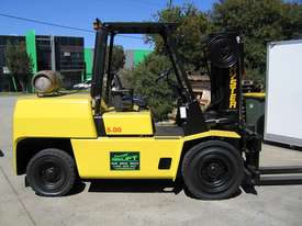 HYSTER 5T LPG forklift with CONTAINER MAST - picture0' - Click to enlarge
