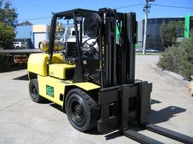 HYSTER 5T LPG forklift with CONTAINER MAST - picture2' - Click to enlarge