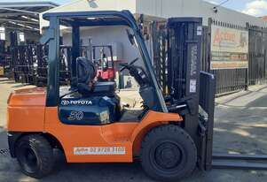 Toyota Diesel Forklift Container Entry Forklift 3 Ton Toyota For sale