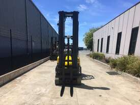 2.0 CNG Narrow Aisle Forklift - picture0' - Click to enlarge