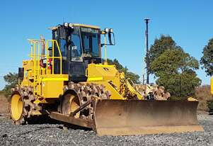 Caterpillar 815F-II Compactor for Hire