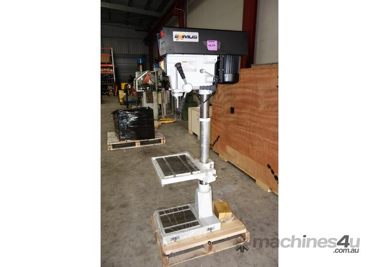 � 16mm Capacity Pedestal Drill, Variable Speed