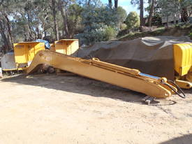 Long Reach Boom Cat 30 Tonner
