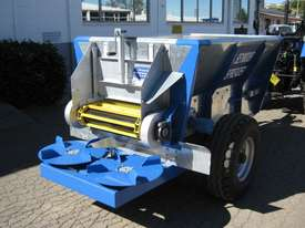 Seymour 1500 Fertilizer/Manure Spreader Fertilizer/Slurry Equip - picture7' - Click to enlarge