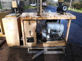 49hp deutz hydraulic power pack - picture1' - Click to enlarge