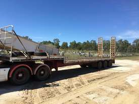 Sterling AT9500 and Taylor Semi Tri-axle - picture1' - Click to enlarge