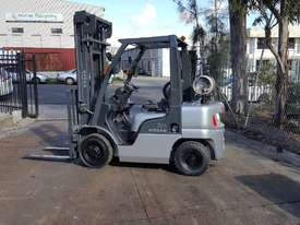 Nissan PL02 Forklift 2.5 Tonne 4000mm Lift Height  - picture1' - Click to enlarge