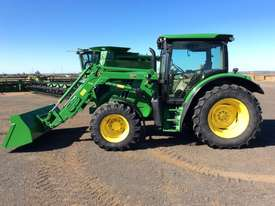 John Deere 6105R FWA/4WD Tractor - picture2' - Click to enlarge