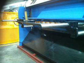 2500mm x 4mm, Blade Gap Setting & More!!!!! - picture8' - Click to enlarge