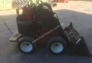 Toro W320-D Loader/Tool Carrier Loader