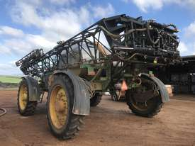 John Deere 4940 Boom Spray Sprayer - picture7' - Click to enlarge