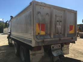 2005 UD CW445  Tandem Tipper with 2007 Hercules Quad Dog Tipper - picture5' - Click to enlarge