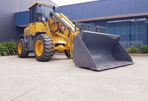 8 Tonne Telehandler (Telescopic Wheel Loader)