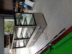Bonvue chilled Display Fridge - picture1' - Click to enlarge