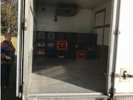 2007 Isuzu NPR300 Refrigerated Truck - picture3' - Click to enlarge