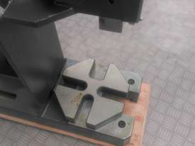 Arbor Press 3 Ton OPTIMUM Germany- Precision Design - Bearing Riveting Staking - picture10' - Click to enlarge