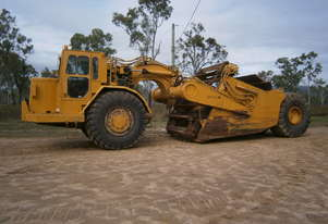 Caterpillar Cat 633D Scraper Elevating