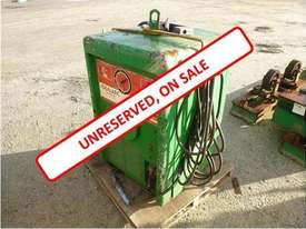 Lincoln Electric Idealarc TM - 300/300 - picture0' - Click to enlarge