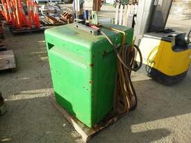 Lincoln Electric Idealarc TM - 300/300 - picture1' - Click to enlarge