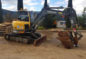 VOLVO ECR58 PLUS EXCAVATOR WITH FULL CAB, 3800 HRS, HEIGHT & SLEW RESTRICTORS