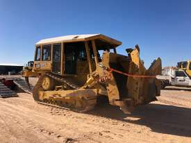 Caterpillar D6T XL - picture0' - Click to enlarge