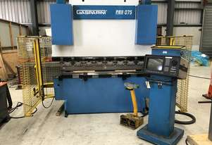Used Gasparini PBS 75-2000 CNC Pressbrake with automatic clamps, new tooling and Delem controller