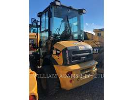 CATERPILLAR 903C Wheel Loaders integrated Toolcarriers - picture1' - Click to enlarge