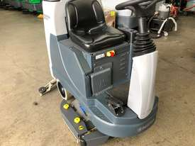 NILFISK BR855 scrubber - picture0' - Click to enlarge