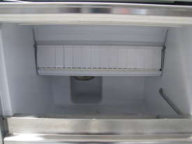 30kg/24Hr Ice Maker Machine - Scotsman IM0032SSC - picture2' - Click to enlarge