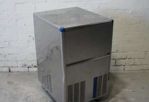 30kg/24Hr Ice Maker Machine - Scotsman IM0032SSC