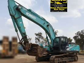 Kobelco 30 Tonne Excavator  - picture2' - Click to enlarge