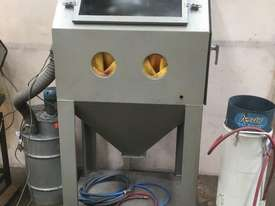 Problast Sand Blast Cabinet and pot. - picture0' - Click to enlarge