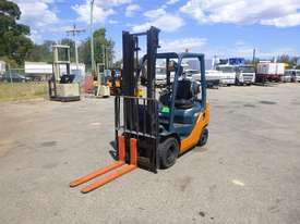 2009 Toyota 32-8FG15 1.5 Tonne LPG/Petrol Forklift (GA1292)  - picture0' - Click to enlarge