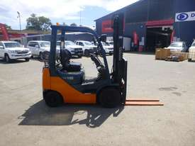 2009 Toyota 32-8FG15 1.5 Tonne LPG/Petrol Forklift (GA1292)  - picture2' - Click to enlarge