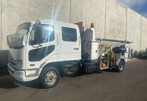 Fuso   Fighter Road Maint Truck