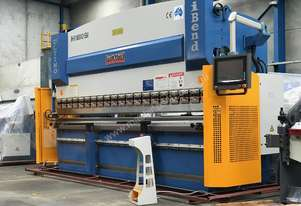 3200mm x 135Ton ibend CNC & Laser Guards