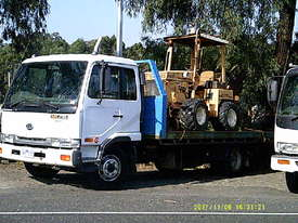MK 235 ,  tilt / slide tray , 235hp AUTO , 326,000 kms , - picture0' - Click to enlarge