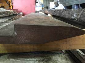 NEW  ./ SOIL SOILED 610mm x Double Knife Top Tool - picture5' - Click to enlarge